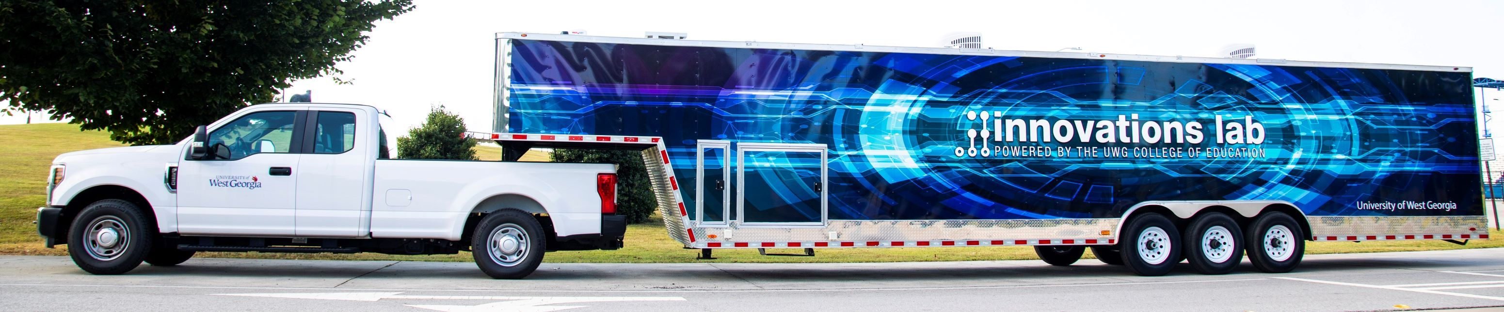 mobile innovation lab truck